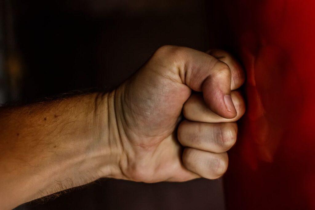 Fist Blow Power Wrestling