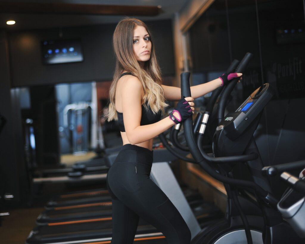 girl gym bike training